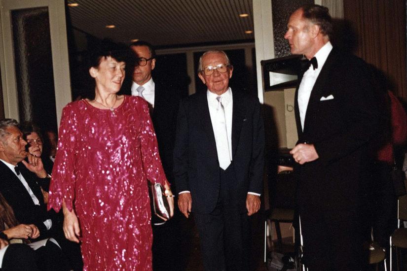 1985 – W. Bochmann